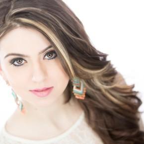 Listen to Canadian singer/songwriter MichelleSzulc